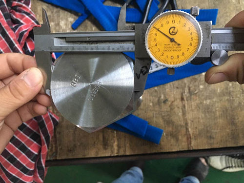 S31803 Hex Cap ხრახნიანი განზომილების ტესტი